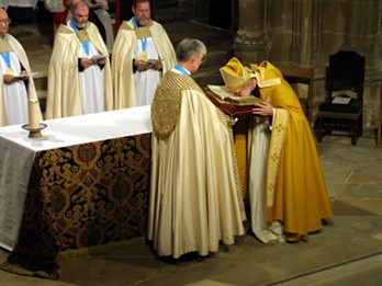 Rowan Enthronement